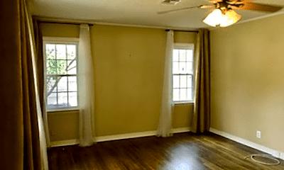 Living Room, 124 E 35th St, 1