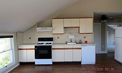 Kitchen, 46 Meadow Ln, 1