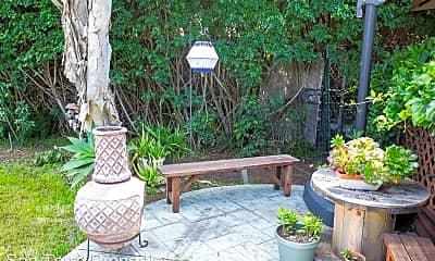 Patio / Deck, 3971 Front St, 2