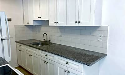 Kitchen, 7400 Harding Ave, 0
