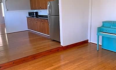 Kitchen, 84-239 Holt St, 2