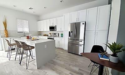 Kitchen, 3900 N 30th St 1, 1