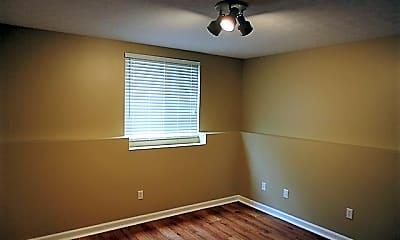 Bedroom, 6739 Evergreen Woods, 2