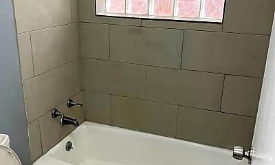 Bathroom, 3110 W 59th St, 2