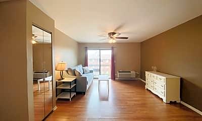 Living Room, 800 N Lakeside Dr 3D, 1