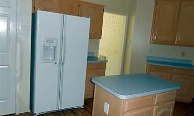 Kitchen, 7205 Springfield Dr, 1
