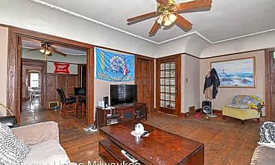 Living Room, 3031 N Downer Ave, 0