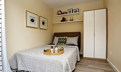 Living Room, 2116 N Garrett Ave, 2