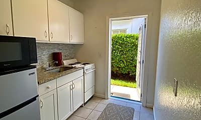 Kitchen, 101 S Golfview Rd 8, 1