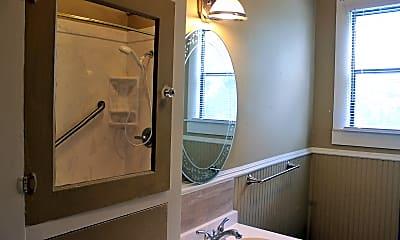 Bathroom, 812 Burleson St, 2
