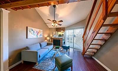 Living Room, 10855 Meadowglen Ln 846, 0
