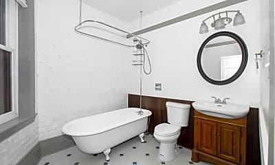 Bathroom, 906 Howard St, 0