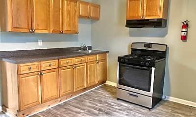 Kitchen, 942 Maple Terrace, 0