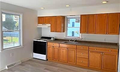 Kitchen, 2 1st St, 1