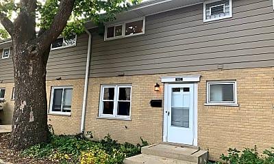 Building, 811 Hibbard Rd C, 2