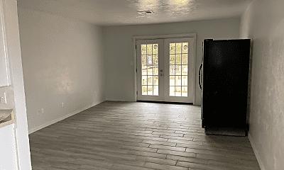 Living Room, 2015 Allenhurst St, 1