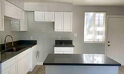 Kitchen, 1056 Walnut Ave, 0