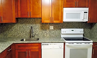 Kitchen, 8411 Lagos De Campo Blvd 204U, 1