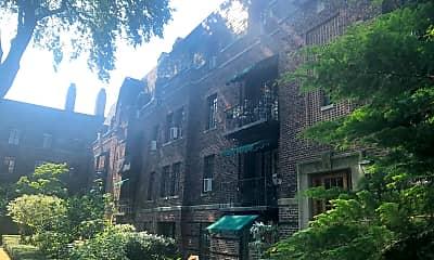 Broadlawn Apartments, 2