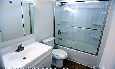 Bathroom, 7418 Alabama Ave, 2