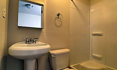 Bathroom, 3808 Pier St, 2