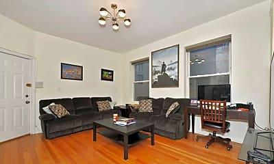 Living Room, 1634 N Milwaukee Ave 3R, 1