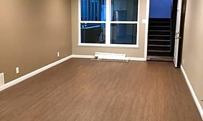 Living Room, 710 Laurel Avenue, 0