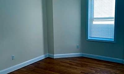 Bedroom, 4 Pleasant St, 2