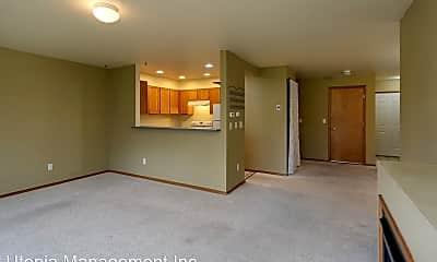 Living Room, 2846 VERONA ST, 2