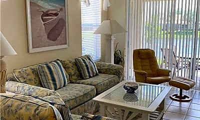 Living Room, 8961 Bristol Bend, 1
