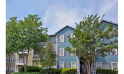 Building, 1570 Sheridan Road Northeast Unit #3, 0
