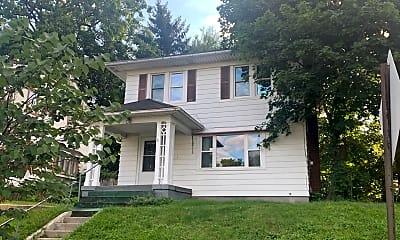 Building, 124 Auburn Ave NE, 0