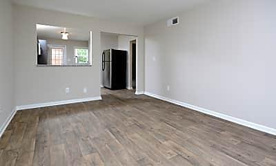 Living Room, 1708 Hillcrest Dr, 0