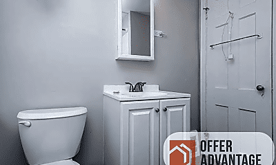 Bathroom, 3717 Pennington Rd, 2