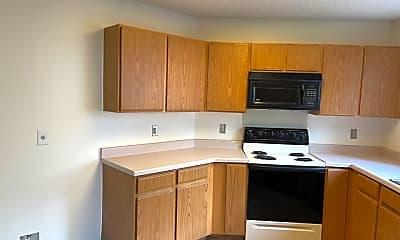 Kitchen, 8846 Breezefield, 1