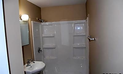 Bathroom, 1517 3rd Ave, 2