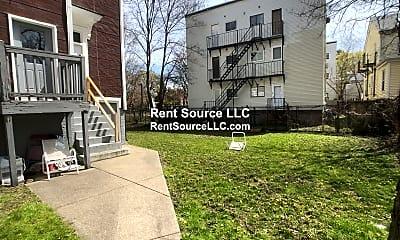 Building, 44 Columbia St, 2