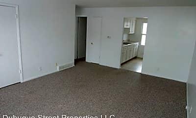 Bathroom, 501 E Porter Ave, 2