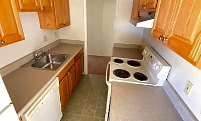 Kitchen, 2431 Carlmont Dr, 1