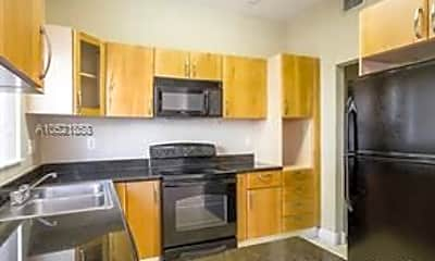 Kitchen, 7453 NW 179th St, 2