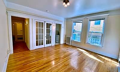 Living Room, 205 19th Ave E, 0