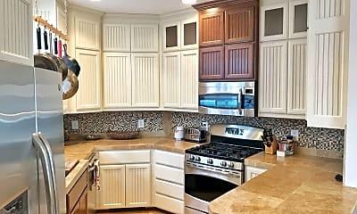 Kitchen, 6551 B 5th Ave NE, 1