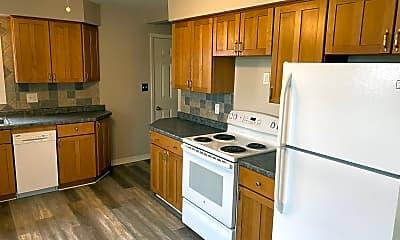 Kitchen, 605 Pine St, 1