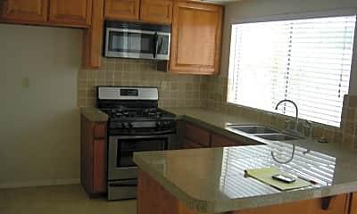 Kitchen, 17062 Evergreen Cir, 1