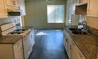 Kitchen, 17092 Whitby Cir, 1
