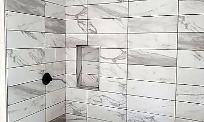 Bathroom, 92 Kernwood Dr A, 1