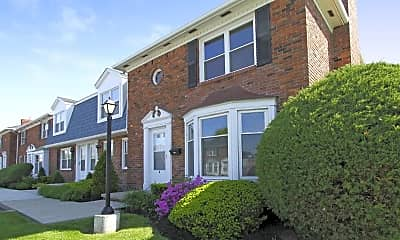 Building, Georgetown Apartments Of Amherst, 1
