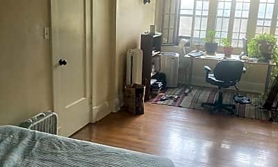 Living Room, 2409 Fremont Ave S, 1