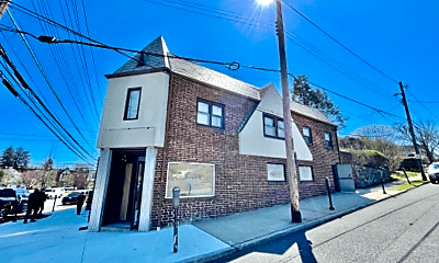 490 New Rochelle Rd, 0