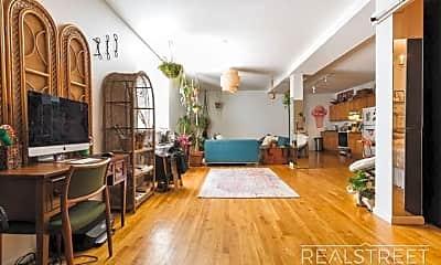 Living Room, 41 S 5th St, 1